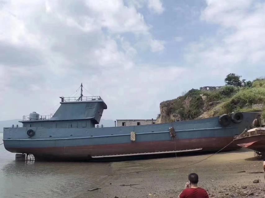 出售240吨水船