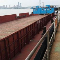 低价急卖二手1200吨内河无动力甲板货驳!