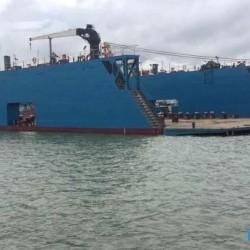 售2016年造2200吨举力浮船坞