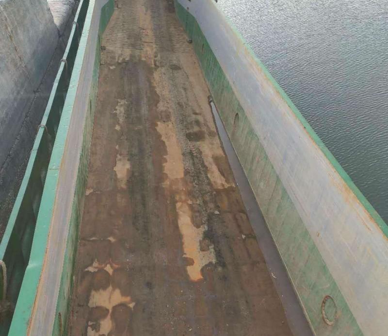 售:2010年沿海40米干货船(登陆艇)