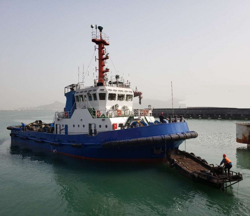 出售2011年造近海4000马力全回转拖轮