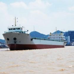 出售382箱集装箱船