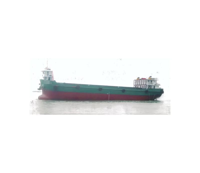出售2004年造2592吨108个柜内河A级敞口集装箱船