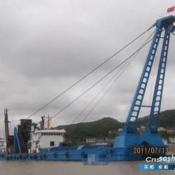 出售国内1996年造2400马力采砂船