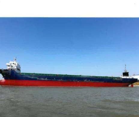 10800吨集装箱船